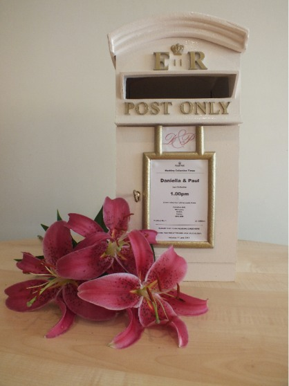 A great way to receive gifts and cards from your guests.