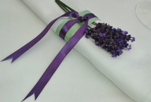 napkin ribbons with lavender (2)